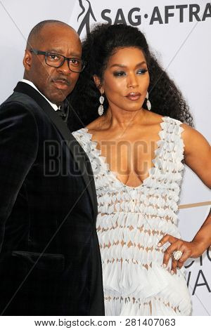 LOS ANGELES - JAN 27:  Courtney B Vance, Angela Bassett at the 25th Annual Screen Actors Guild Awards at the Shrine Auditorium on January 27, 2019 in Los Angeles, CA
