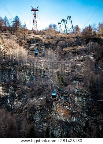 Chamois, Italy - December 23, 2018 : Chamois - Buisson Cable Car, The Only Access To Chamois