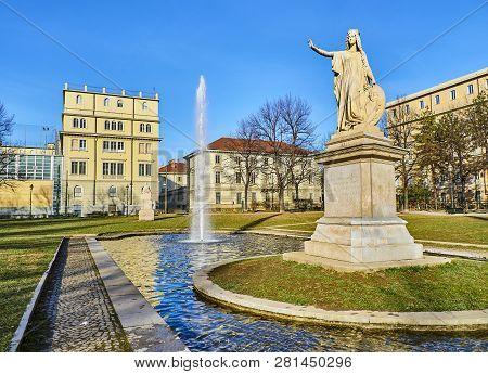 Daniele Manin Monument In The Aiuola Balbo, Cavour Gardens. Turin, Piedmont, Italy.