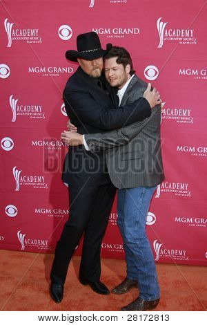 LAS VEGAS - APRIL 5: Trace Atkins; Blake Shelton at the 44th annual Academy Of Country Music Awards held at the MGM Grand on April 5, 2009 in Las Vegas, Nevada
