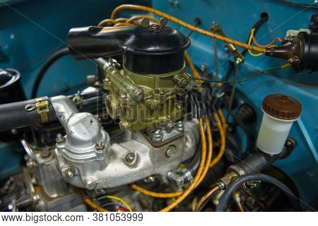 Saint Petersburg, Russia - August 06, 2019: Carburetor And Air Filter In The Engine Compartment Of T