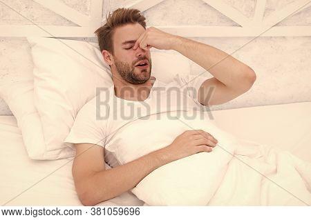 Snoring Can Increase Risk Headaches. Common Symptom Of Sleep Apnea. Causes Of Early Morning Headache