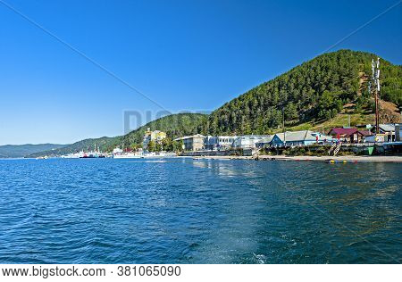 Irkutsk, Russia - August 31, 2016: The Small Touristy Village Of Listvyanka Is Located On The Shore