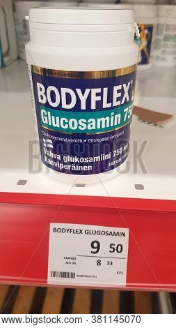Glucosamine For Sale In A Supermarket