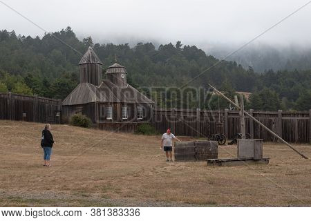 Fort Ross,ca, Usa, July 25, 2020. The Public Visits The Russian Fort On A Gloomy, Foggy Day, During