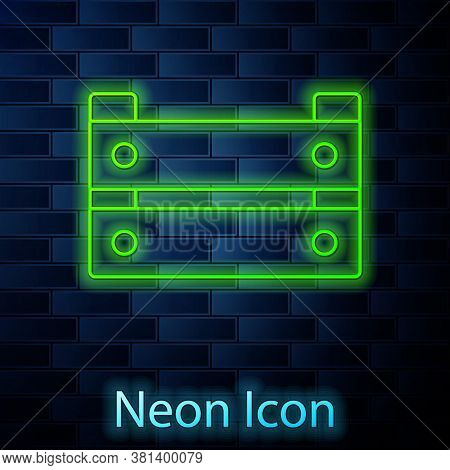 Glowing Neon Line Wooden Box Icon Isolated On Brick Wall Background. Grocery Basket, Storehouse Crat