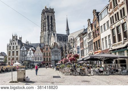 Mechelen, Belgium, - August 13, 2015: View Of Market Square And Sint-rombouts Cathedral In The Centr