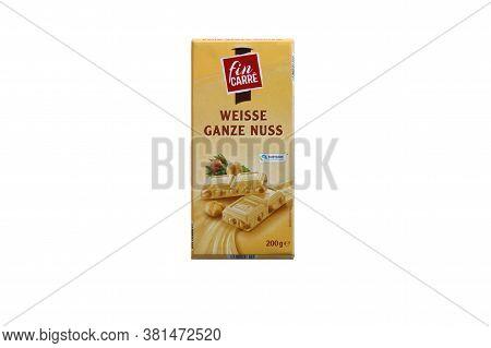 Kharkov, Ukraine - February 10, 2020: Fin Carre, Weisse Ganze Nuss German Bar Of White Chocolate Wit