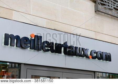Bordeaux , Aquitaine / France - 08 16 2020 : Meilleurtaux.com Sign And Text Logo Meilleur Taux .com