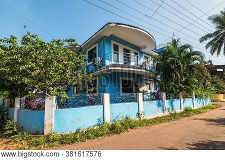 Candolim, North Goa, India - November 23, 2019: Street View Of Candolim At Sunny Day With Diego Vill