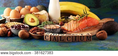 Best Calcium Rich Foods Sources. Healthy Eating. Foods Rich In Calcium Such As Bean, Almonds, Hazeln