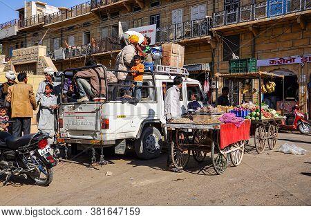 Jaisalmer, India - Dec 31, 2019: Traditional Indian Street Market In Jaisalmer Rajasthan, India