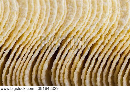 Real Crispy Ready-to-eat Potato Chips, Close Up Of Unhealthy Foods, Mashed Potato Chips