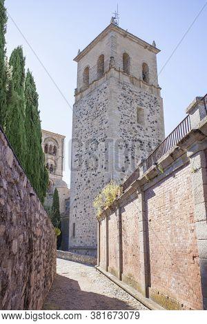 Torre Nueva Of Santa Maria La Mayor Church, Trujillo, Spain. View From Downtown Street