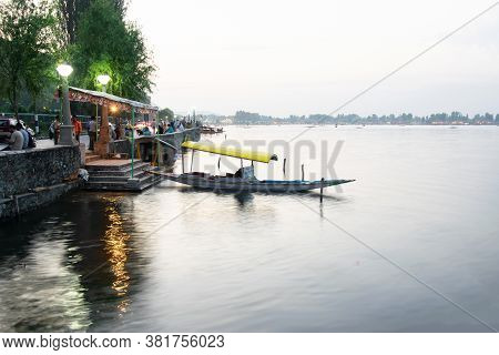 Shree Nagar,jammu And Kashmir,india- 31st August 2014 : View Of Beautiful Dal Lake, Houseboats Float