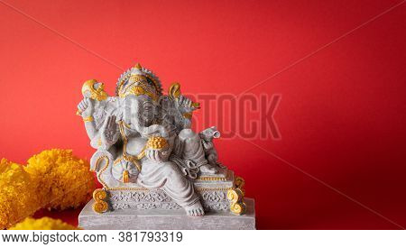 Happy Ganesh Chaturthi Festival, Lord Ganesha Statue With Beautiful Texture On Red Background, Ganes