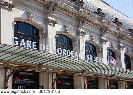 Bordeaux Nouvelle Aquitaine / France - 03 28 2019 : Gare De Bordeaux Main Railway Station (gare Sncf