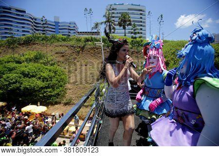 Salvador, Bahia / Brazil - March 2, 2019: The Singer Gilmelandia Is Seen In An Electric Trio Singing