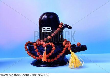 Black Handmade Shivalingam Figure  Lord Shiva Indian God Idol With Rudraksha Beads