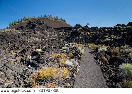 Hiking Trail - Trail Of The Molton Lands With The Cinder Cone At Lava Lands Newberry Volcano Nationa