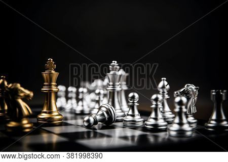 King Golden Chess Standing Confront Of The Silver Chess Team Concepts Of Leadership And Business Str