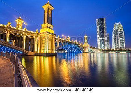 Scenic Bridge at night in Putrajaya, Malaysia.