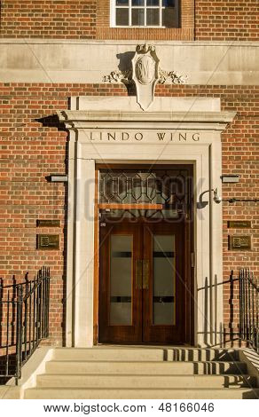 Lindo Wing Entrance, St Mary's Hospital