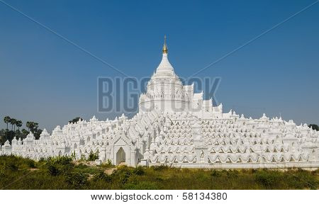 Mingun White Pagoda