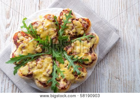 Small Pizza