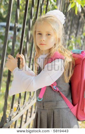 schoolgir