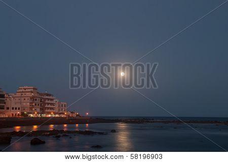 Marina Del Sur At Night