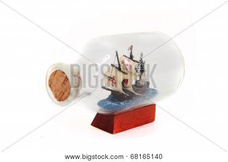 Smal Ship In Th Glass Bottle