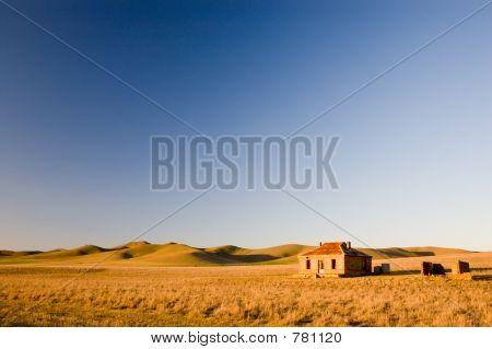 Cobb & Co Ruins (Landscape)