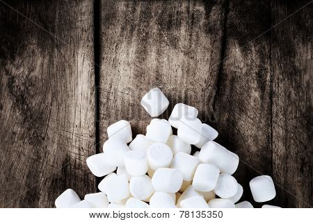 Close Up Image Of White Fluffy Round Marshmallows Ready To Eat With Blank Copyspace For Text. Food B