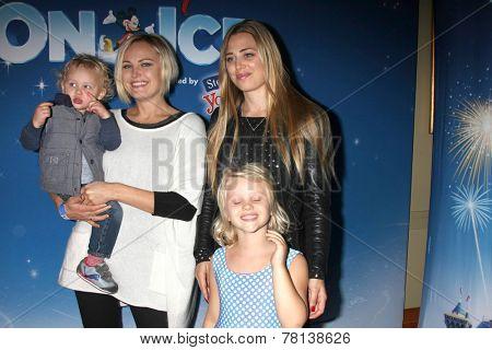 LOS ANGELES - DEC 11:  Malin Akerman, Sebastian, sister, niece at the
