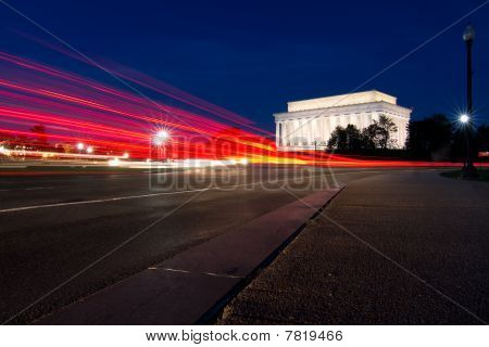 Lights to Lincoln Memorial