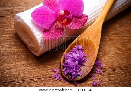salt crystals in a wooden scoop
