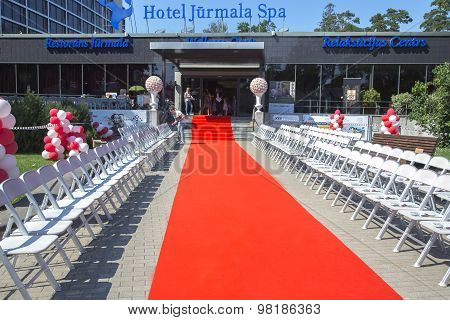 Red carpet path in HOTEL JURMALA SPA for fashionable shows