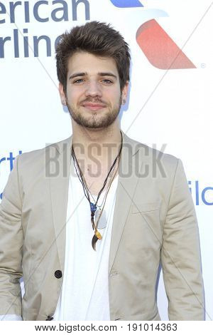 LOS ANGELES - JUN 10: Brandon Tyler Russell at the 2017 Stand For Kids Annual Gala Benefiting Orthopedic Institute For Children at The MacArthur on June 10, 2017 in Los Angeles, California