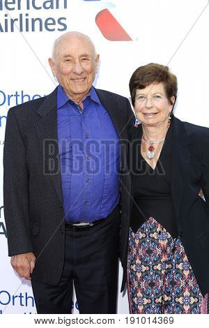LOS ANGELES - JUN 10: Meyer Luskin, Renee Luskin at the 2017 Stand For Kids Annual Gala Benefiting Orthopedic Institute For Children at The MacArthur on June 10, 2017 in Los Angeles, California