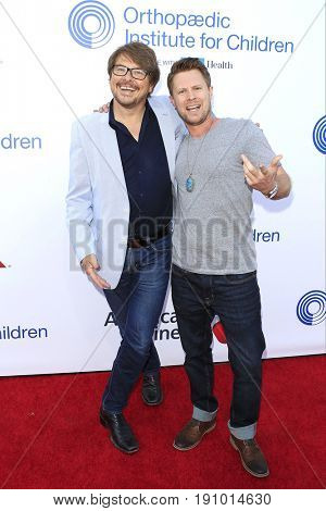 LOS ANGELES - JUN 10: Dave Foley, Kaj Eriksen at the 2017 Stand For Kids Annual Gala Benefiting Orthopedic Institute For Children at The MacArthur on June 10, 2017 in Los Angeles, California