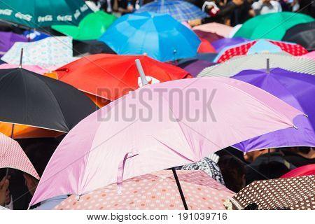 colorful umbrella uv protection from sun burn