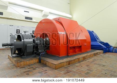 Power Plant Turbines For Producing Electricity