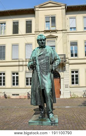 A statue of the famous Professor Robert Bunsen in Heidelberg