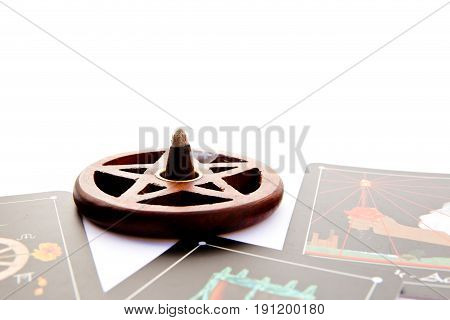 Tarot Deck - Tarot Readings With Wooden Pentagram Incense Burner