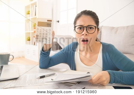 Woman Feel Shocked After See The Numbers