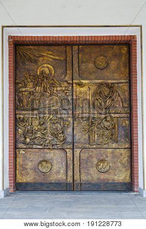 Abstract  Church Door  Italy  Gold Column  The Milano