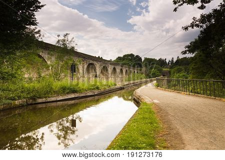 Chirk aqueduct built in 1801 and railway viaduct built in 1848 to carry the Llangollen canal and rail traffic across the Ceiriog Valley in North East Wales and is part of the Pontcysyllte Aqueduct World Heritage Site
