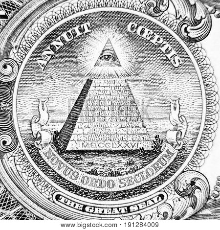Novus ordo seclorum dollar money detail black and white
