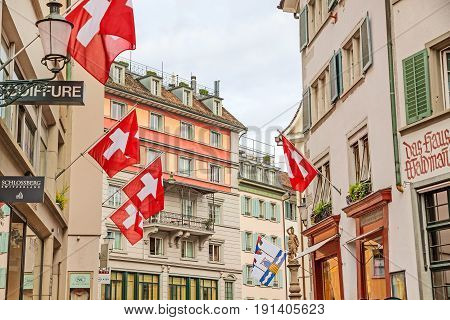 Zurich (downtown), Old Street With Swiss Flags